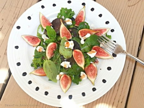 Fig, Goat Cheese and Pignoli Salad with Pomegranate Vinaigrette
